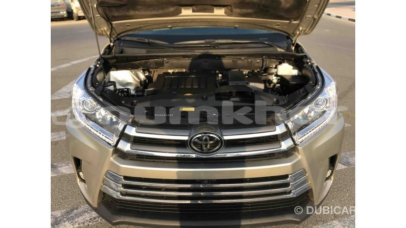Big with watermark toyota highlander bumthang import dubai 1919