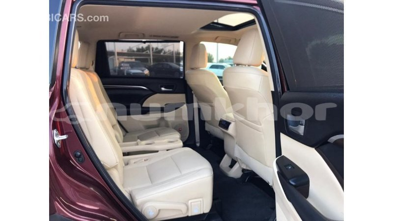 Big with watermark toyota highlander bumthang import dubai 2039