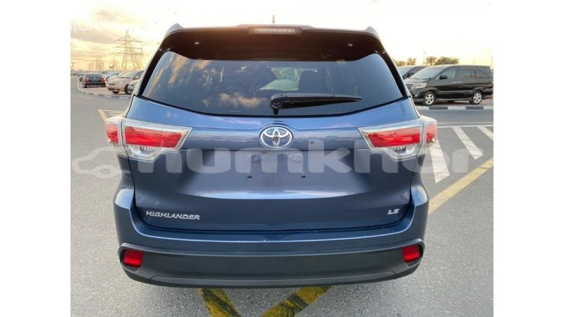 Big with watermark toyota highlander bumthang import dubai 2102