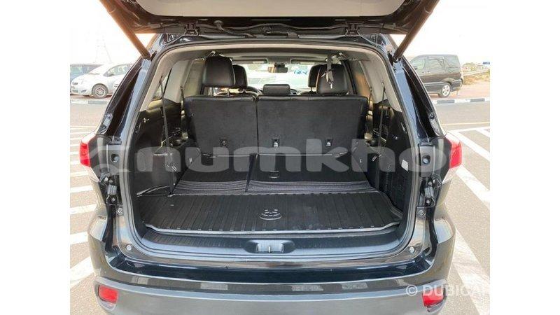 Big with watermark toyota highlander bumthang import dubai 2158