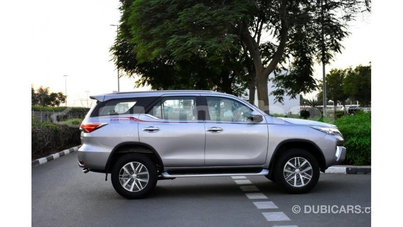 Big with watermark toyota fortuner bumthang import dubai 2194