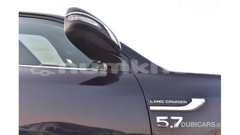 Big with watermark toyota land cruiser bumthang import dubai 2205