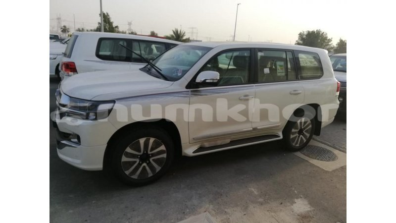 Big with watermark toyota land cruiser bumthang import dubai 2283