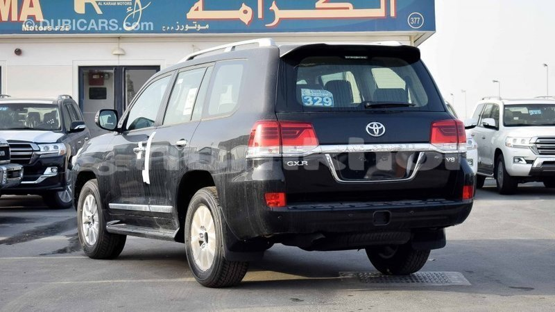 Big with watermark toyota land cruiser bumthang import dubai 2289