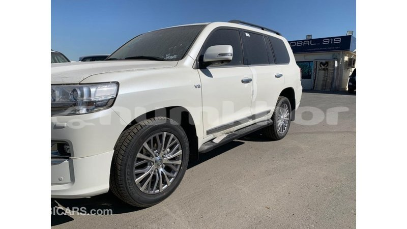 Big with watermark toyota land cruiser bumthang import dubai 2306