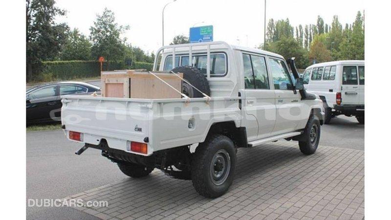 Big with watermark toyota land cruiser bumthang import dubai 2525