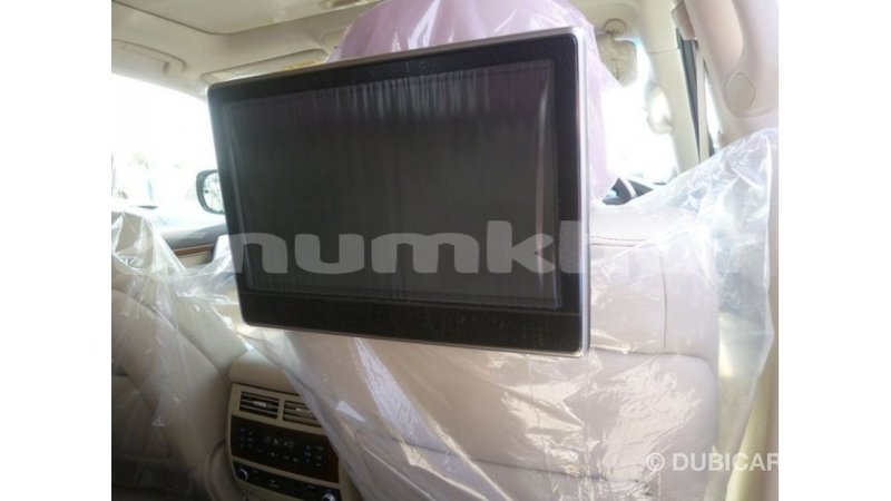 Big with watermark toyota land cruiser bumthang import dubai 2713