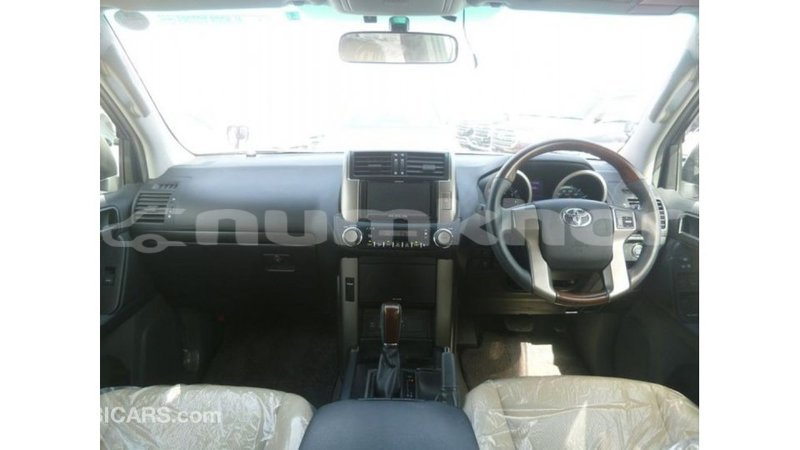 Big with watermark toyota prado bumthang import dubai 2759