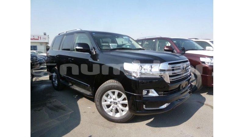 Big with watermark toyota land cruiser bumthang import dubai 2915