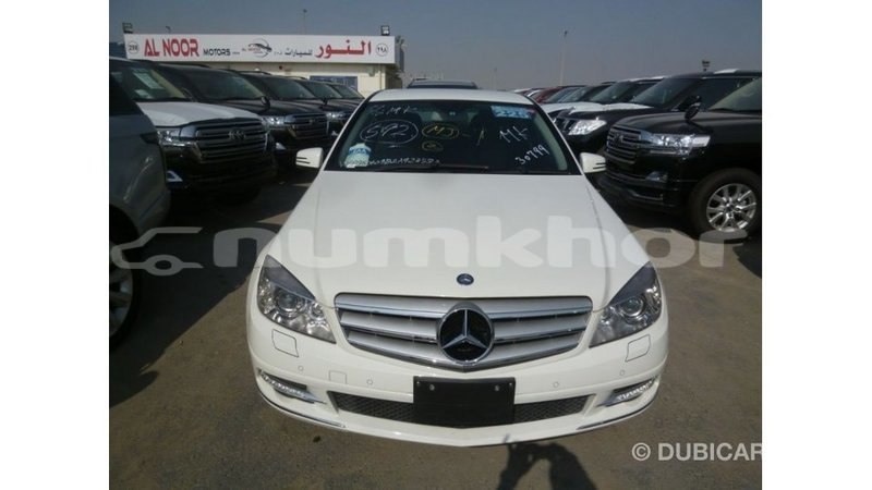 Big with watermark mercedes benz 200 bumthang import dubai 2922