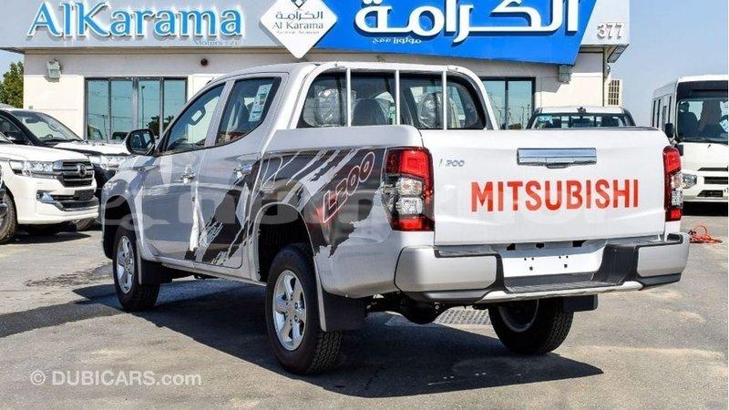 Big with watermark mitsubishi l200 bumthang import dubai 2943