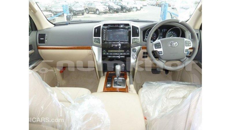 Big with watermark toyota land cruiser bumthang import dubai 3114