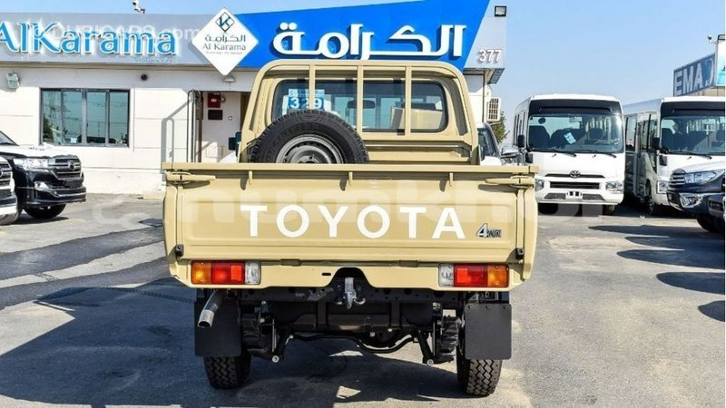 Big with watermark toyota land cruiser bumthang import dubai 3150
