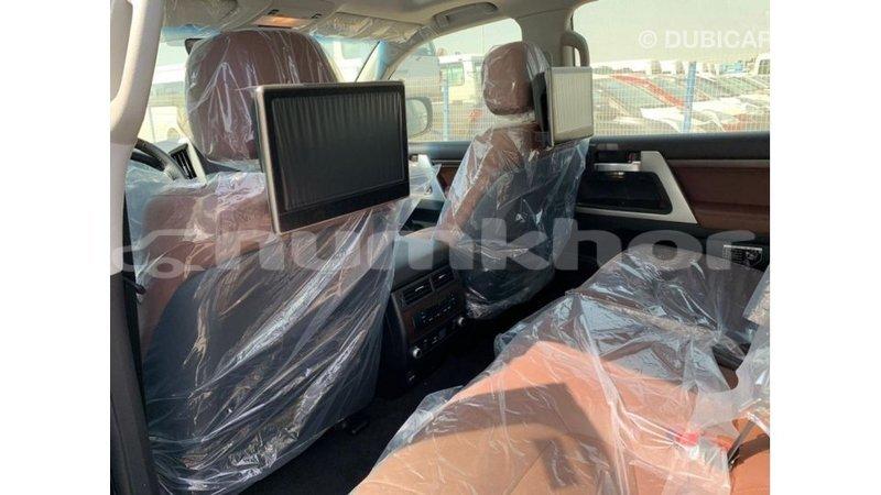 Big with watermark toyota land cruiser bumthang import dubai 3230