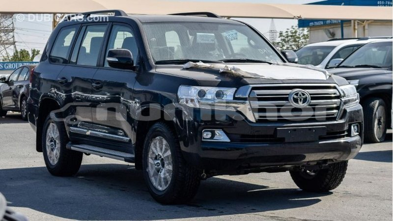 Big with watermark toyota land cruiser bumthang import dubai 3367
