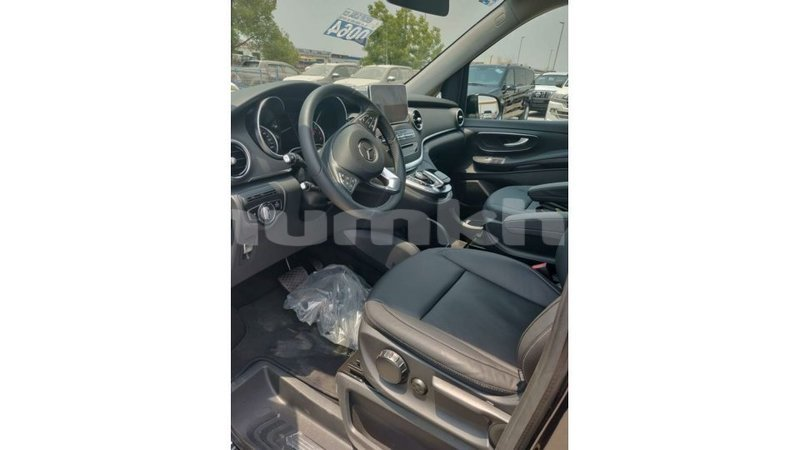 Big with watermark mercedes benz 250 bumthang import dubai 3552