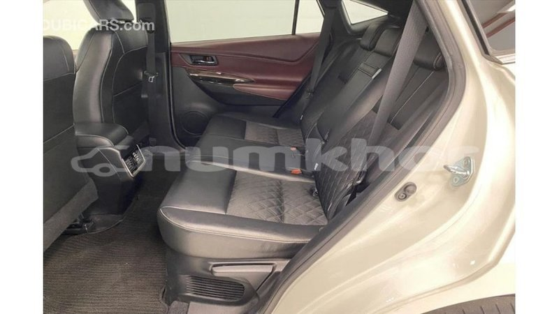 Big with watermark toyota harrier bumthang import dubai 3590