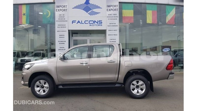 Big with watermark toyota hilux bumthang import dubai 3613