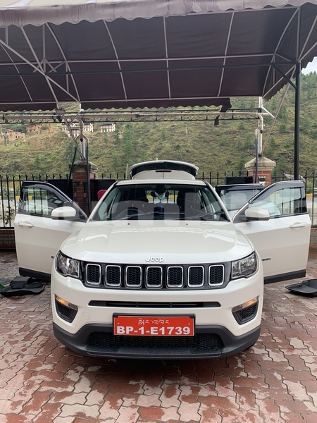 Big with watermark jeep compass rinpung paro 3634