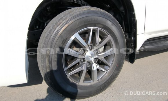 Buy Import Toyota Prado White Car in Import - Dubai in Bumthang