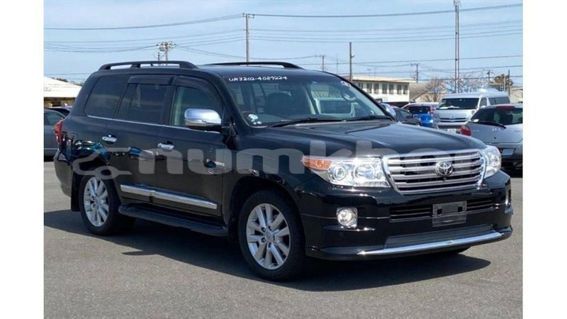 Big with watermark toyota land cruiser bumthang import dubai 3681