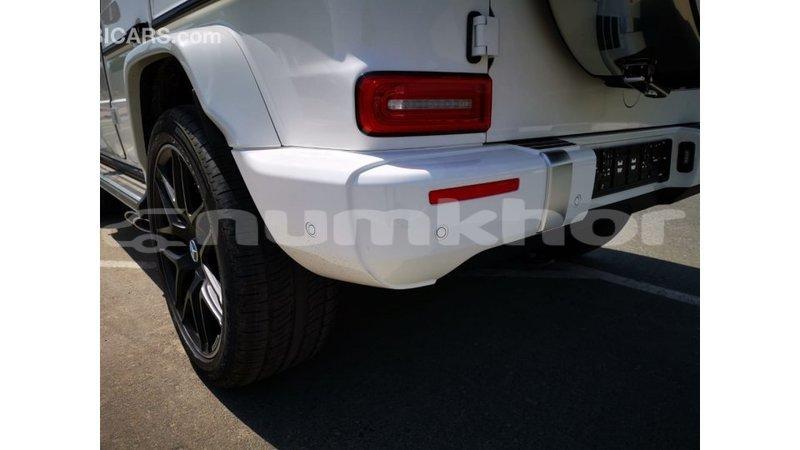Big with watermark mercedes benz 190 bumthang import dubai 3715