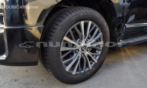 Buy Import Toyota Land Cruiser Black Car in Import - Dubai in Bumthang
