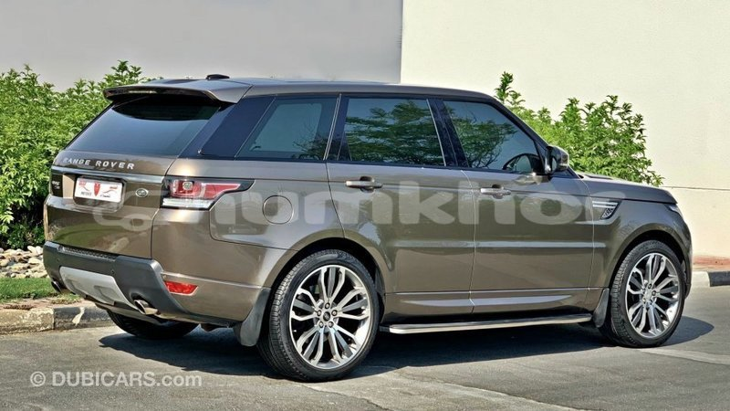 Big with watermark land rover range rover bumthang import dubai 3749