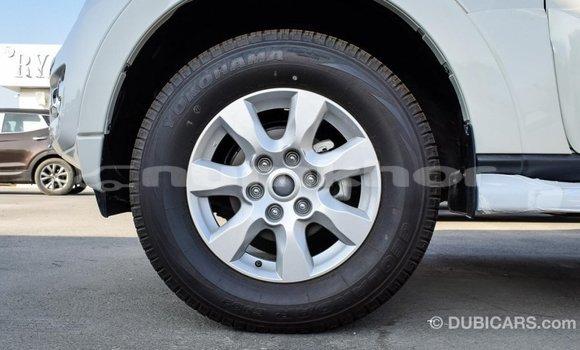 Buy Import Mitsubishi Pajero White Car in Import - Dubai in Bumthang