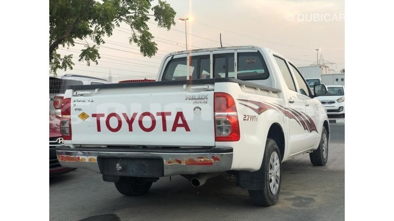 Big with watermark toyota hilux bumthang import dubai 3791