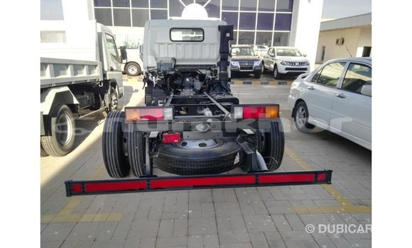 Buy Import Mitsubishi i White Car in Import - Dubai in Bumthang