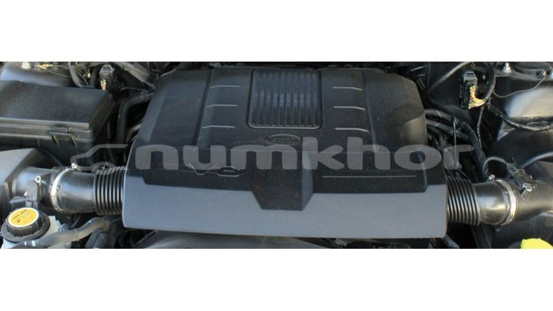 Big with watermark land rover range rover bumthang import dubai 3875