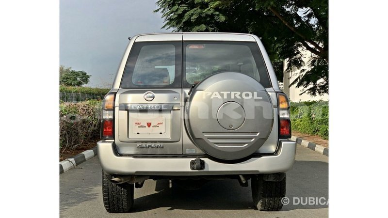 Big with watermark nissan patrol bumthang import dubai 3894