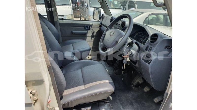 Big with watermark toyota land cruiser bumthang import dubai 4036