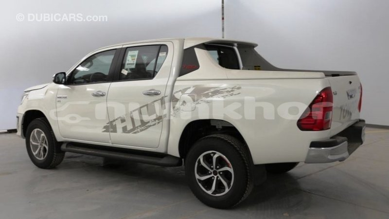 Big with watermark toyota hilux bumthang import dubai 4080