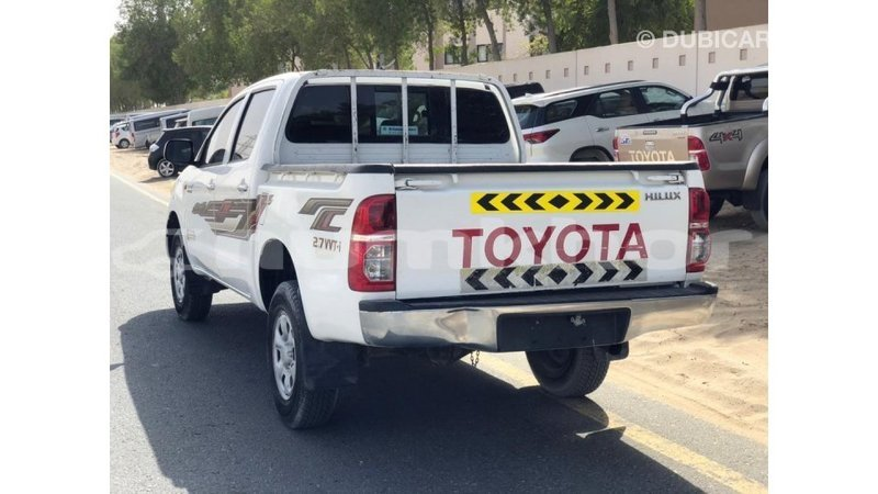Big with watermark toyota hilux bumthang import dubai 4285
