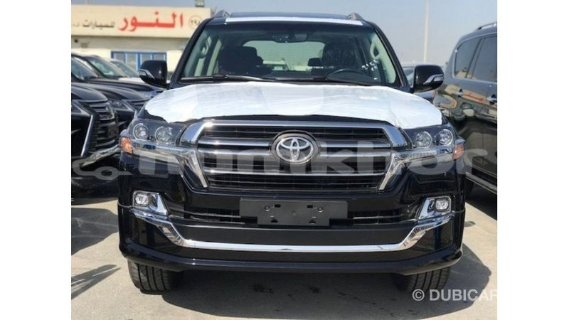 Big with watermark toyota land cruiser bumthang import dubai 4311
